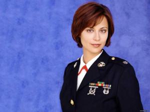CATHERINE BELL s televizním seriálu JAG - herečka se hlásí k Scientologii